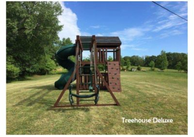 Standard Treehouse Deluxe - Russet Stain - Green Accessories